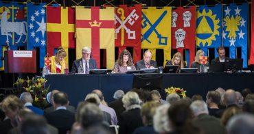 Kyrkomötet sammanträder