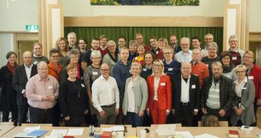 Nya kyrkomötes-gruppen samlad