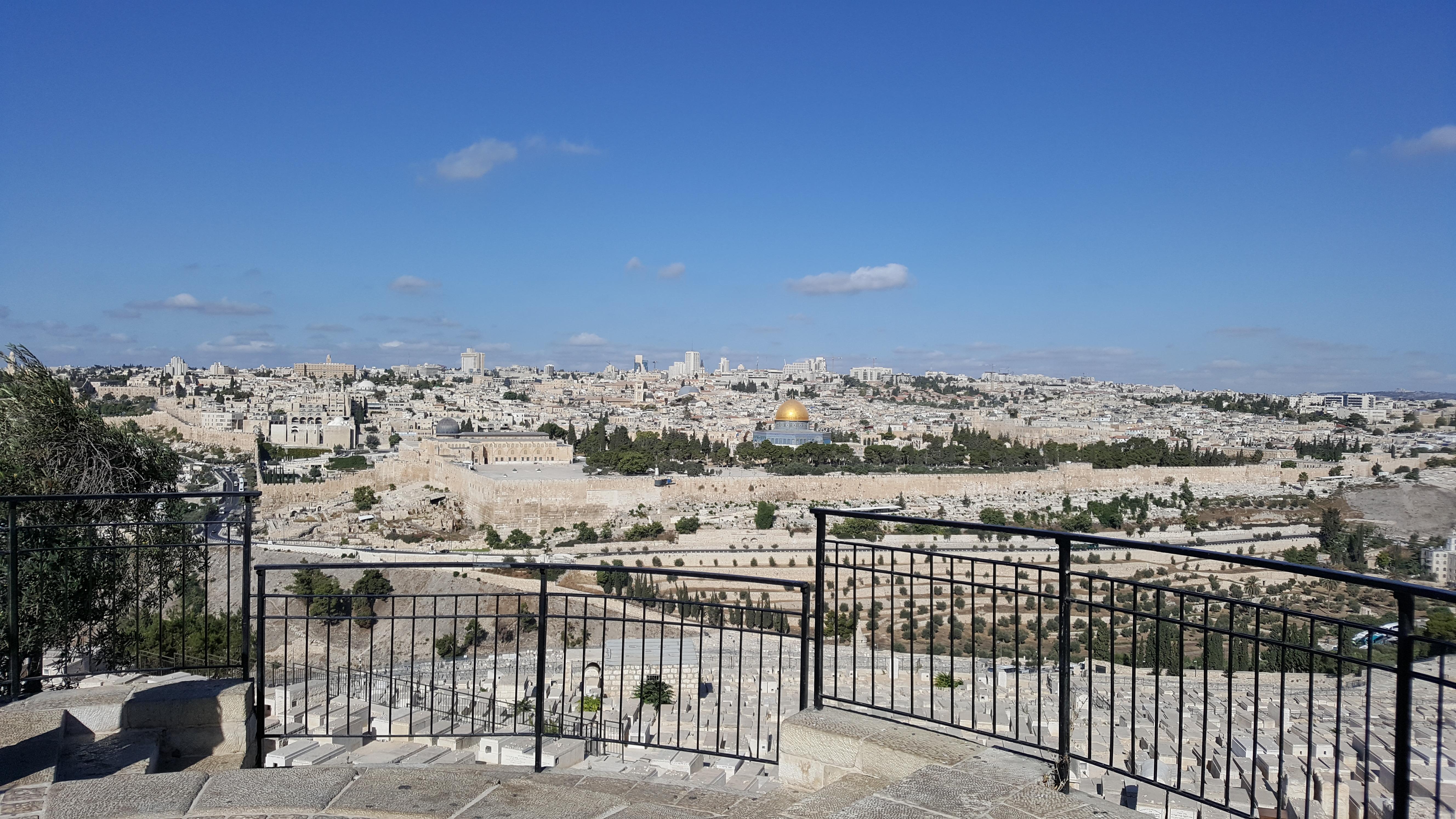 Bild över gamla Jerusalem taget från Olivberget