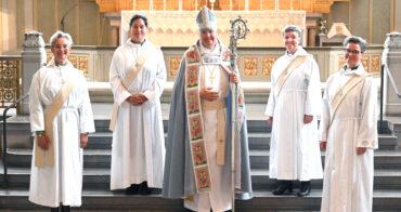 Många nya präster och diakoner